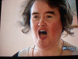 Susan Boyle belts it out, and who says she ain't pretty in her original state?